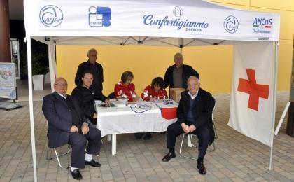 Grosseto - Centro commerciale Aurelia Antica - (11-04-2015)