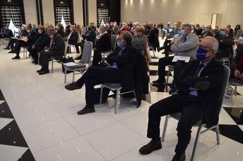 la platea e i relatori