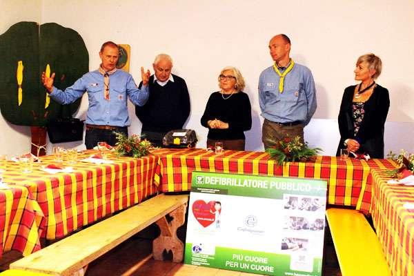 """defibrillatore donato alla Base Scout """"Ugo Ferrarese"""""""