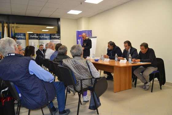 A Latina un incontro contro le truffe agli anziani