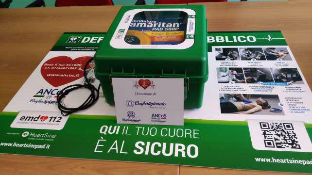 ANCoS e Anap donano due defibrillatori