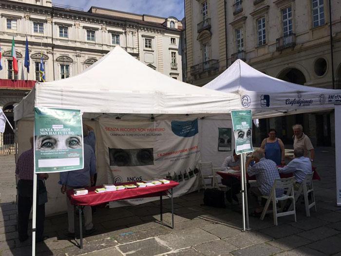 Giornata Alzheimer in Piazza Palazzo di Città a Torino